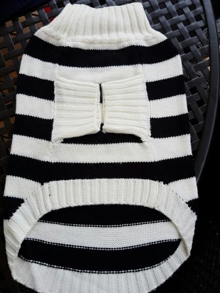 Hundepulli schwarz, weiß gestreift RL 33 - 40 cm, nur noch in XL erhältlich!